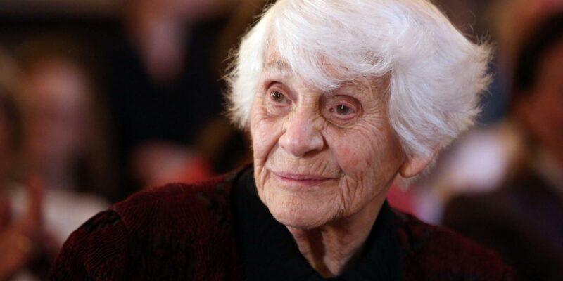 Ingeborg Rapoport ha conseguito il dottorato a 102 anni