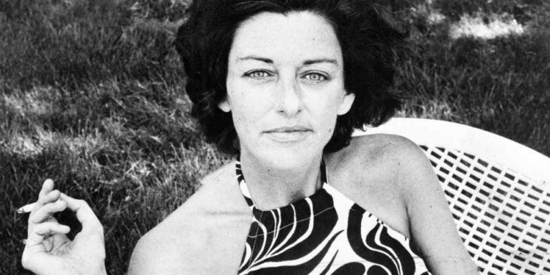 Anne Sexton, scrittrice e poeta statunitense, moderna icona della poesia confessionale