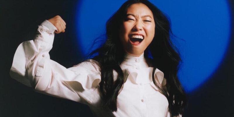 Awkwafina, rapper e attrice, è la prima donna di origine asiatica a vincere il Golden Globe come miglior attrice protagonista in un film musicale.