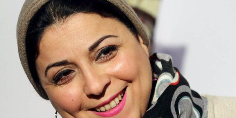 Esraa Abdel Fattah attivista e giornalista egiziana candidata al premio Nobel per la Pace nel 2011