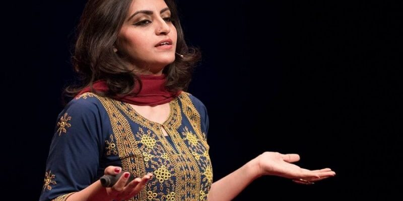 Gulalai Ismail attivista pakistana ricercata per aver denunciato le violenze militari su donne e ragazzine