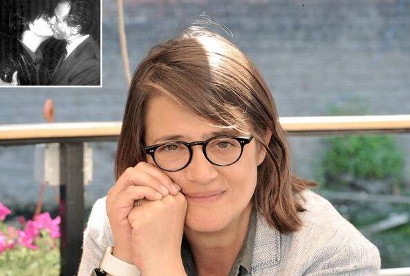Rosaria Iardino è nota per il bacio sulla bocca con Fernando Aiuti, noto immunologo, nel 1991. Quel famoso bacio fu dato in pubblico e a favore di telecamere, per dimostrare al mondo che con un bacio non si trasmette l'Aids.