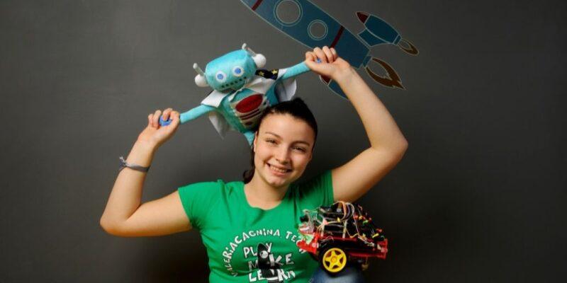 Valeria Cagnina 18 anni gira il mondo per insegnare la robotica