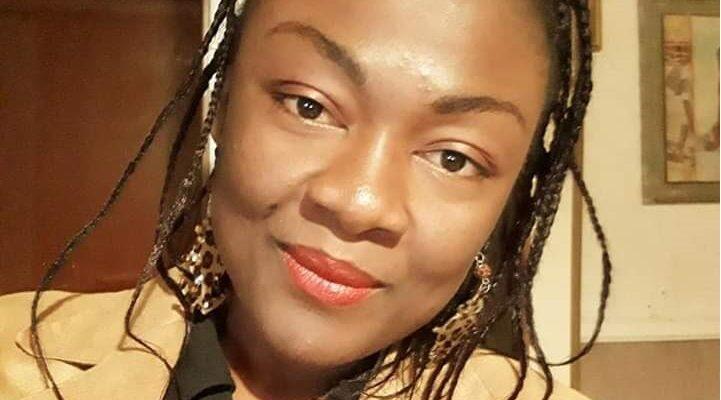 Yvette Samnick mediatrice culturale aiuta donne vittime di violenza in Camerun