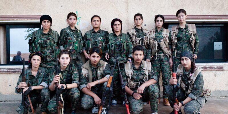 Donne contro l'ISIS