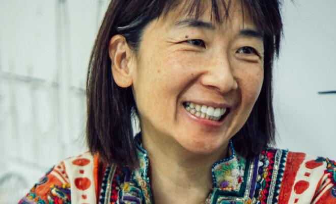 Iara Lee, attivista e regista brasiliana di origine coreana, fa un Cinema di Resistenza.