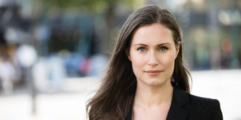 Sanna Marin premier della Finlandia è la più giovane prima ministra al mondo. Ha 34 anni, è social-democratica ed è orgogliosamente figlia di due madri.