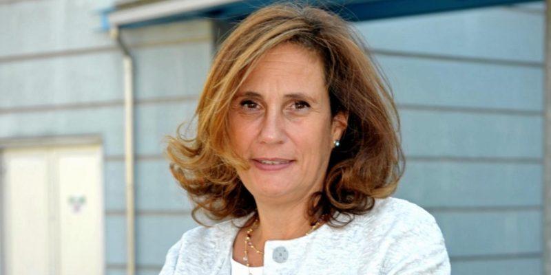 Ilaria Capua virologa ex politica italiana studia i virus influenzali.