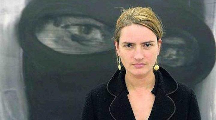 Julia Bornefield scultura femminista